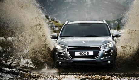 #Peugeot #4008 #SUV 4×4