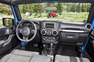 2015-jeep-wrangler-interior-picture