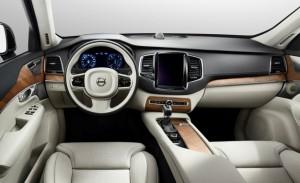 2016-Volvo-XC90-interior-pruebautos