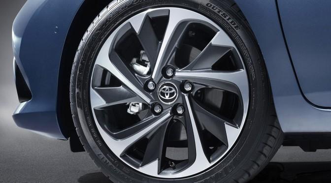 #Toyota #Auris 2015 – el que FALTA en #Argentina
