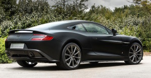 Aston-Martin-Vanquish-One-of-Seven1