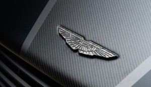 Aston-Martin-Vanquish-One-of-Seven2