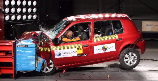 @LatinNCAP saca las 3 estrellas al #Renault #Clio