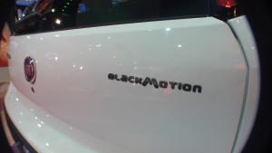 fiat punto blackmotion salon de buenos aires 2015 www.pruebautos.com.ar (6)