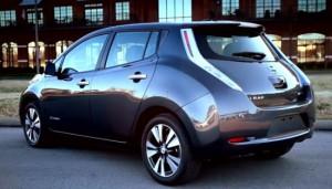 Nissan-LEAF-SL-rear-550x314