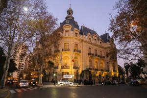 Renault en la Embajada de Francia (1)