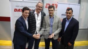 Agustin Pedroni, CEO de Bridgestone Argentina y Alexander Montanaro, Director de Ventas de Bridgestone Argentina www.pruebautos.com.ar
