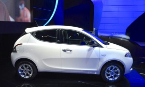2016-Lancia-Ypsilon-side-at-the-IAA-2015