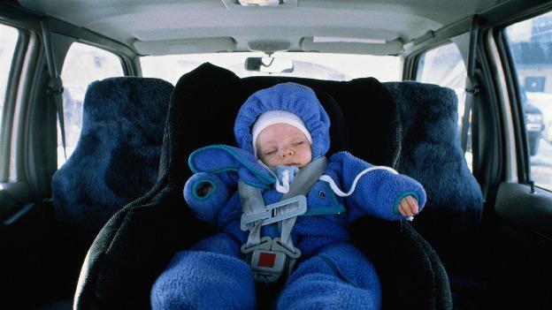 Alarma para niños que quedan solos en automóviles