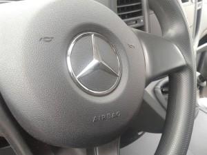 mercedes-benz-volante-pallet-autodromo-buenos-aires-www.pruebautos.com_.ar.jpg