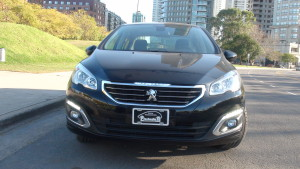 test peugeot 408 allure 1.6 thp caja manual de 6 marchas (3)