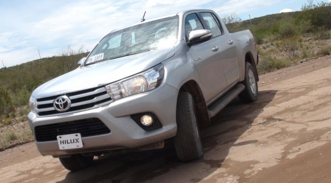 Hilux | Toyota | ya está en Colombia el producto argentino