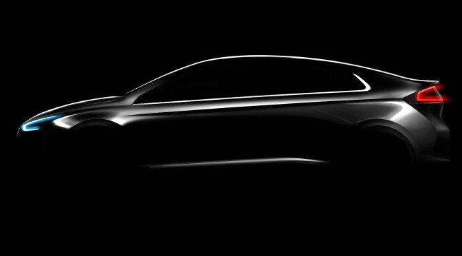 Hyundai | IONIQ 2016, un auto tres autos