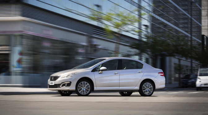 Peugeot | nuevo 408, su comercial