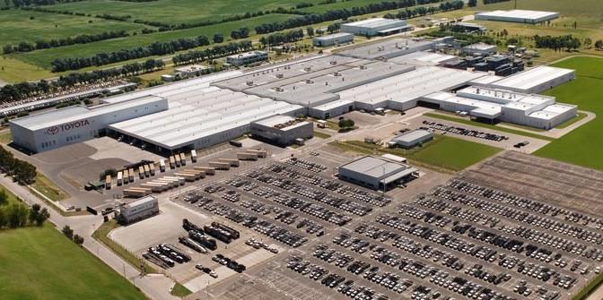 Toyota | inaugura ampliación de su planta en Zárate