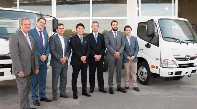 HINO / FADEEAC | acuerdo para el primer curso de Choferes de Camiones livianos