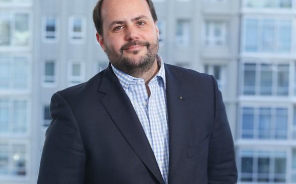 DirComs | Gustavo Castagnino asume como presidente