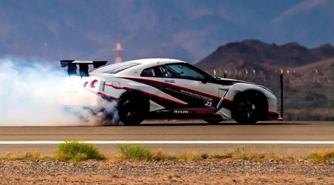 Nissan | GT-R es record #Guinness por drifting más rápido