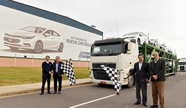 Cruze   Chevrolet   el nuevo Cruze Cruza fronteras