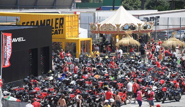Ducati   festival de fanáticos en Misano