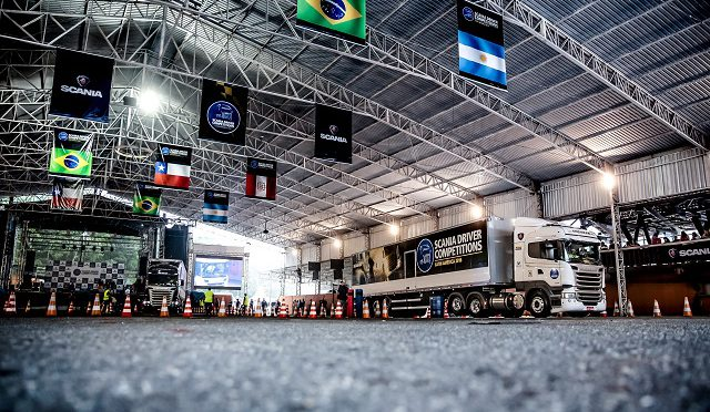 SDCLA2016  | Scania | corona al mejor conductor latinoamericano de 2016