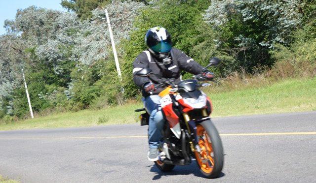 Test | Honda CB190R Repsol | la pinta no es lo de menos