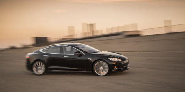 Model S | Tesla | el auto de serie más rápido del mundo