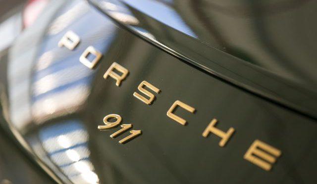 911 x 1 millón | Porsche | nuevo hito del legendario deportivo