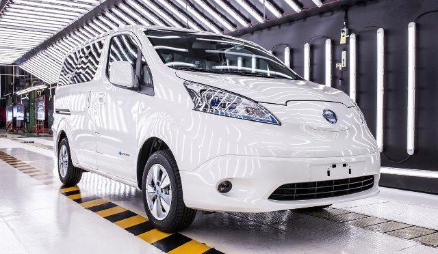 e-NV200   Nissan   inició la entrega de las primeras unidades