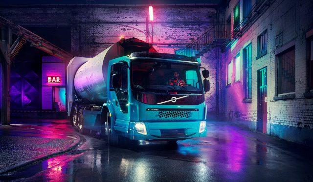 Volvo Trucks   presenta el segundo camión eléctrico