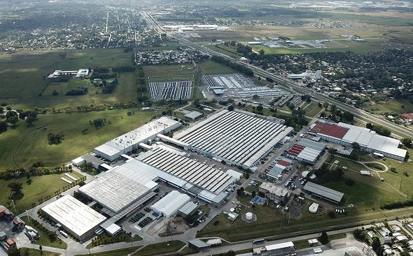 Mercedes-Benz | anuncia reinicio de la producción
