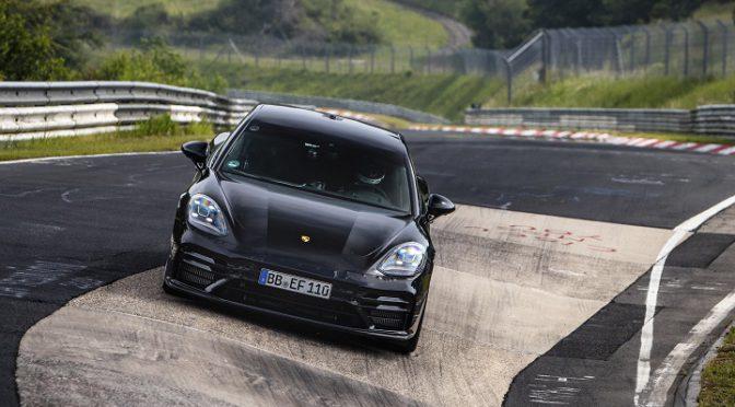 Panamera | Porsche | Record en la categoría 'Sedanes Ejecutivos'