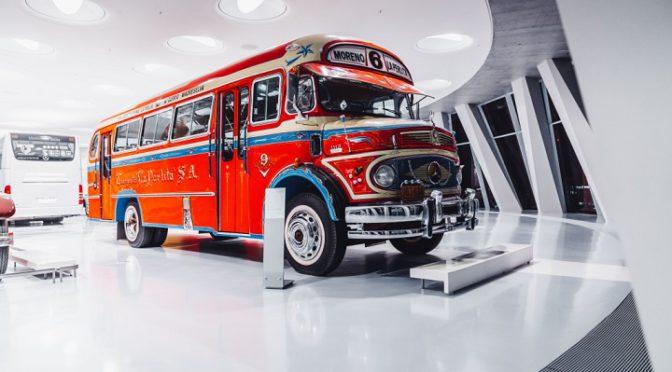 Mercedes-Benz | celebra los 125 años del bus